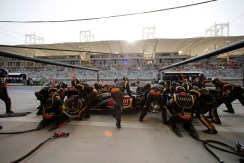 Romain Grosjean, Lotus E21 Renault, makes a stop.